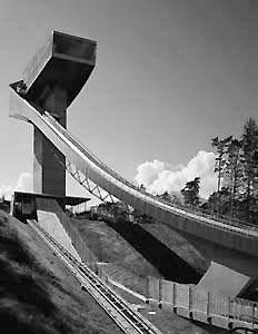 Один из лучших лыжных трамплинов – «Бергизель» в Инсбруке